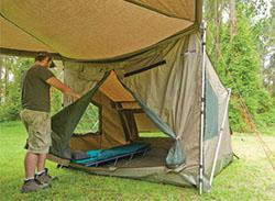 ベスト・ルーフトップ・カーテンの中のRhino Rack Tagalong Tent